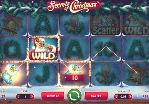 Призовая комбинация с диким знаком в игровом автомате Secrets of Christmas